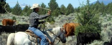 dude_ranch_vacations_images_back_side